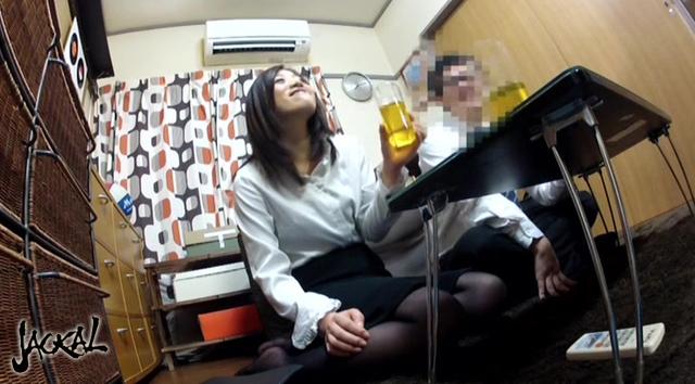 【エロ動画】友達の彼女(さなえちゃん)をガチ寝取りナンパの画像