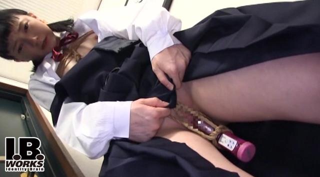 【エロ動画】貧乳妹調教記録 荻原くるみの画像