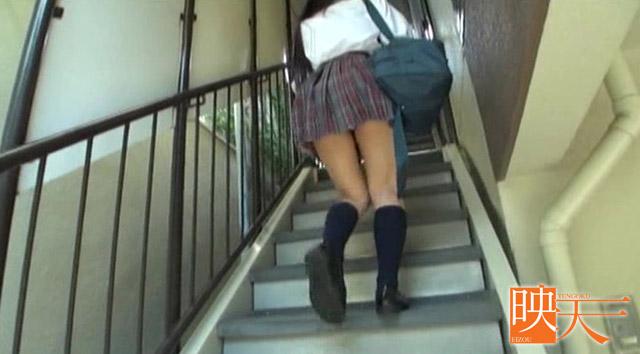 【エロ動画】むらむら感セレクション 階段制服女子校生っ!の画像