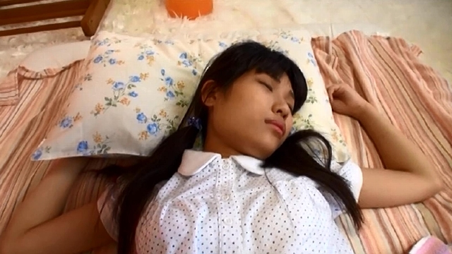 少女睡眠薬強姦映像集