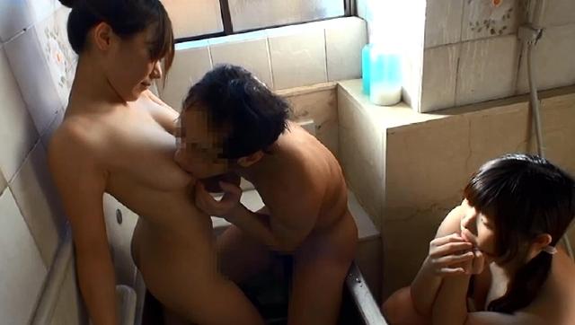 母と息子の近親相姦風呂8