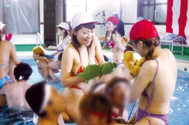 元祖!! 女だらけの水中運動会 最強ウォーターエロクイーン決定戦