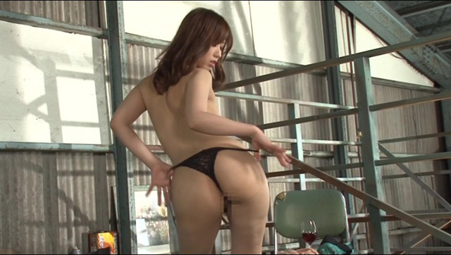 またがり淫語ストリップダンス-Lap Dance-
