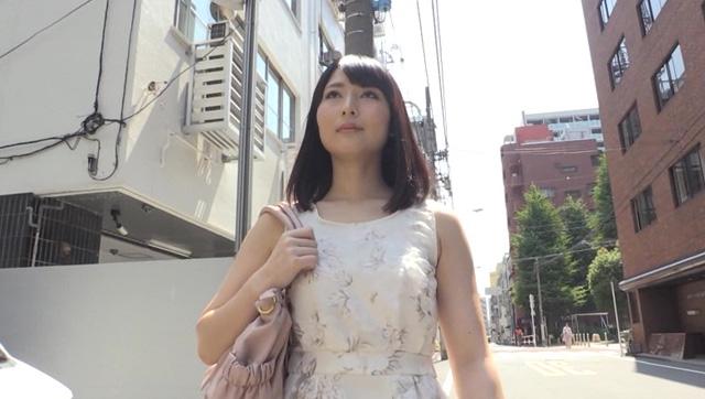 エロ動画、キモメンたちと同棲性活 花城あゆの表紙画像