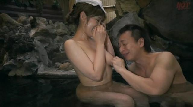 ナンパした人妻と不倫温泉旅行 都心から離れて連れ出しSEX!!