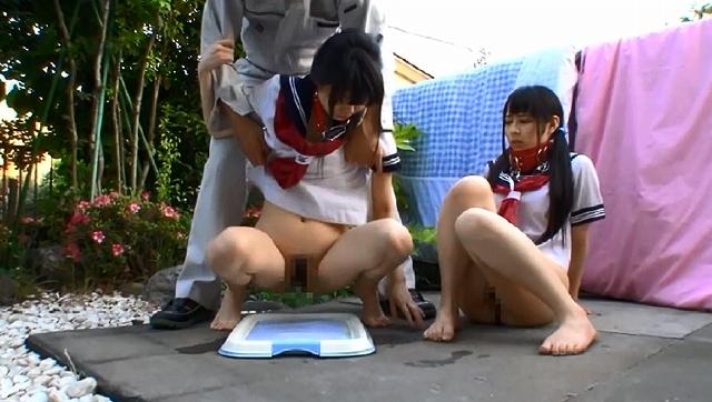 留守番中に自宅を乗っ取られ親が帰宅する21時までチ○ポ1本に犯され続けた三姉妹