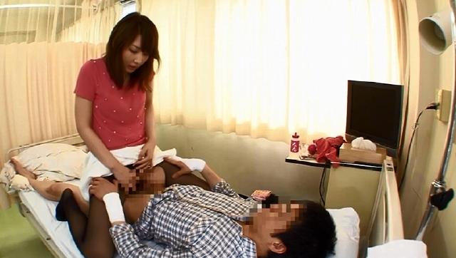 寝取らせ検証「夫に頼まれ見舞いに行った三十路妻は入院中のデカチン上司の誘いを断れず騎乗位で挿入してしまうのか?」