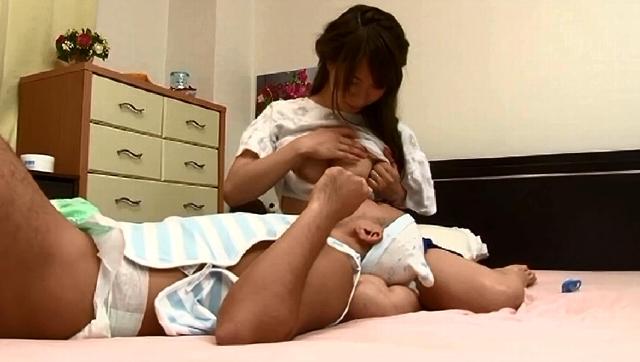 いやらしい母さんの手コキ・フェラ2
