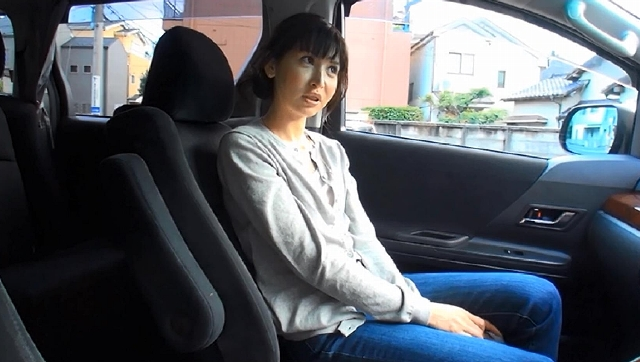 エロ動画、洋服を脱ぎ捨て裸体を晒し再び脚光を浴びたい人妻朝倉・アヴィゲイル・日菜子 42歳 第2章の表紙画像