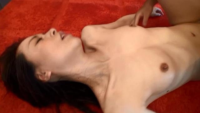 美しく透き通るような白い肌で淫靡な肢体の人妻 井上 綾子 44歳 最終章止まらない欲求…