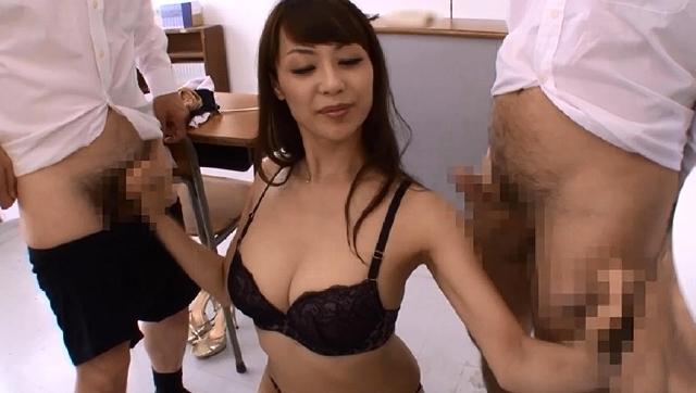 エロ動画、M性癖を持ち実は凌辱が好きなプライドの高い淫乱高飛車女教師 広瀬奈々美の表紙画像