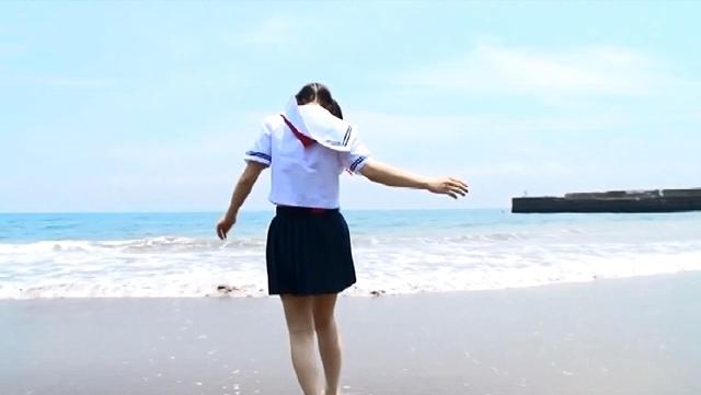 合田柚奈  天然・白桃ジュース
