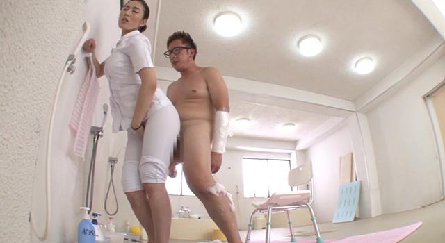 「『本当に擦るだけだからね』自分の透けパン巨尻で勃起したチ○ポに素股を頼まれ断れない優しい看護師がヤってくれた」VOL.1