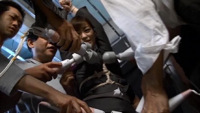 エロ動画、異常監禁 小野麻里亜の表紙画像