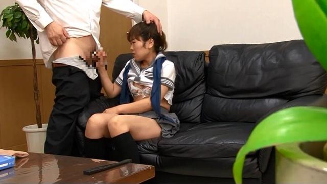 内申点が足りない女生徒が「何でもします」と言うので指導と称して勃起したチ◯コでやりたい放題ヤッてやった。