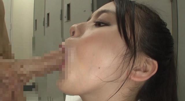 更衣室でマセガキが仕掛けた媚薬にハマりまたがり好きな本性を現した巨乳女教師