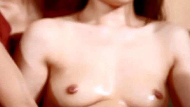 """「デッサンモデル募集」で集まった美人妻が合体ヌードモデル体験  """"おま○こパックリ"""