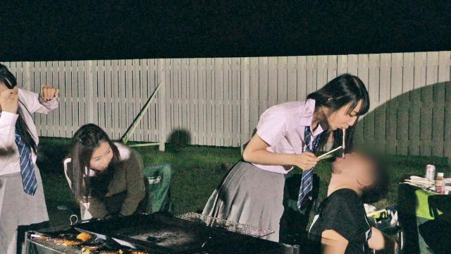 田舎のJK三人組がキャンプに合流! 王様ゲームで淫行三昧