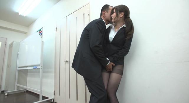 エロ動画、名ばかりの社長秘書 陵辱愛人契約の表紙画像