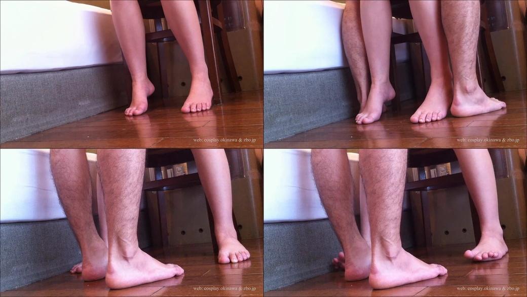 【超マニアック:足/脚フェチ】セックス中の足もと (ブルマのコスプレを着せてイスでハメ撮り)