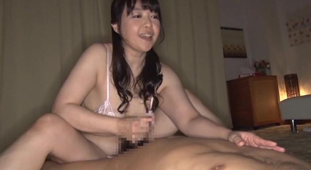 むっちり巨乳ママ   M息子たちの赤ちゃんプレイ願望 シリーズ初!リアル母乳が出る美熟女ママ かなさん