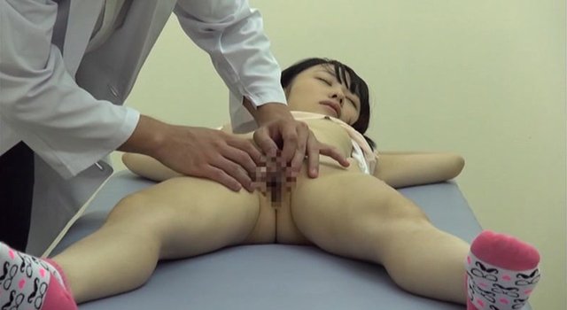 【エロ動画】少女を専門に診察する病院関係者のわいせつ投稿映像|ボンテージかのじょ