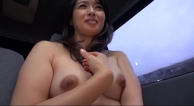 エロ動画、セーラーおばさんデート 安野由美 52歳の表紙画像