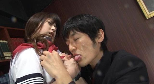 エロ動画、JK母乳シャワー ゆうき真央/和久井もも/山下みう/小西なつみの表紙画像