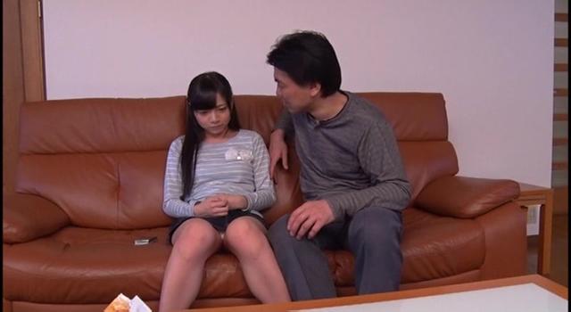 【エロ動画】再婚相手の連れ子 さらのエロ画像1枚目
