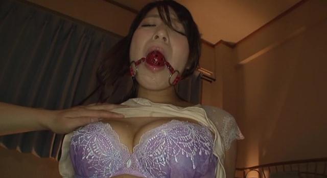 エロ動画、私、脅迫されてます。 香山美桜の表紙画像