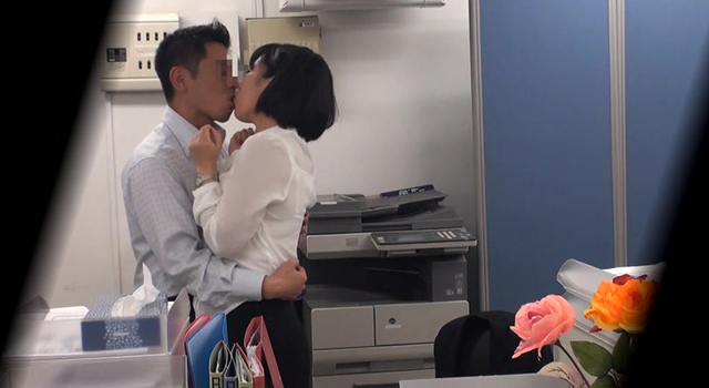【エロ動画】巨乳の上司と職場でセックスしたい・・・2人きりのオフィスで残業中に部下のイケナイ欲望を告白された年上の女子社員は身体を許してしまうの…|このあと無茶苦茶オナニーした。