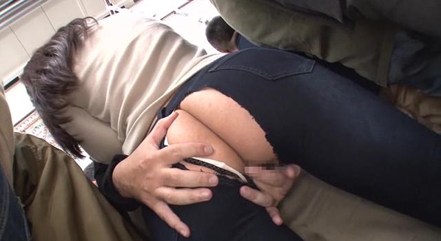 【エロ動画】ムチムチデカ尻女限定 強制デニム穴あけ痴漢|このあと無茶苦茶オナニーした。