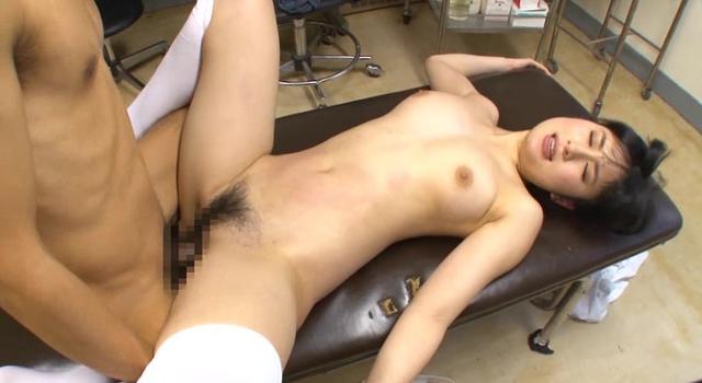 性欲処理専門 セックス外来医院 新人看護師・初性交処置に密着スペシャル