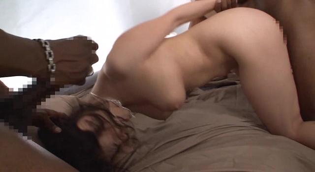 「『女なら一度はセックスで失神してみたい!』世界最大級のメガチ○ポを求めハードすぎる黒人中出しセックスに篠田あゆみが挑む!!」