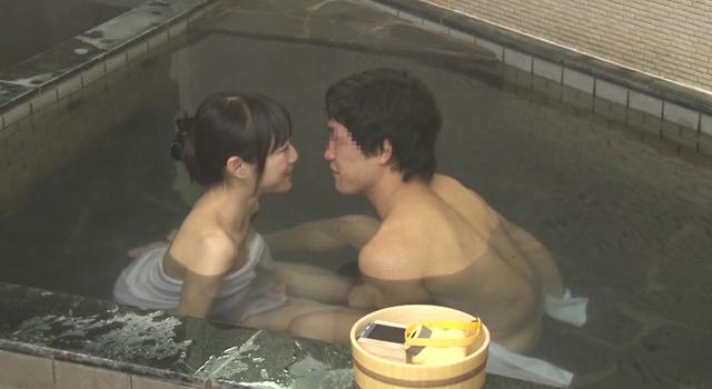 【エロ動画】巨乳の姉との15年ぶりの混浴で弟ち○ぽはフル勃起!! 家族旅行中の素人姉弟がエッチなミッションにチャレンジ! 両親には内緒で混浴温泉で二人っきり!温泉で…3in箱根温泉|このあと無茶苦茶オナニーした。