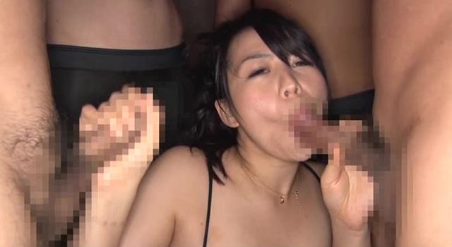 エロ可愛いムチムチ巨乳妻 ぽっちゃり好きな僕らのアイドル 繭村めい