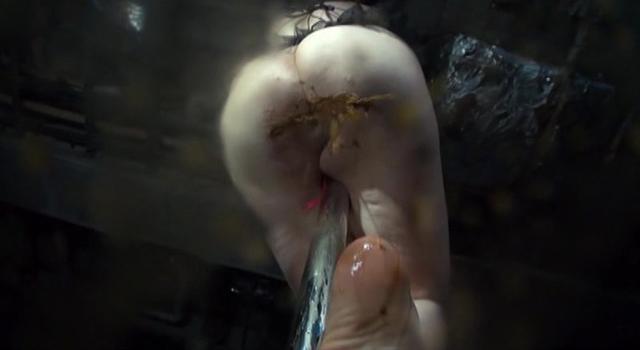 腸汁噴射シャワー糞尿撒き散らし 高身長ポールダンサー シルビア麻耶