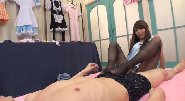 徹底検証!!AV女優友田彩也香は逆ナンした素人男性をその超絶テクニックで1日何人抜けるのか??【新価格】