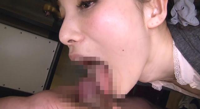 完全主観で超ガン見されながらのセルフイラマチオ〜無理やりではなく自ら喉奥に先っちょをぶつける女達、しかもずっとこっち見てる〜