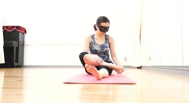 Professional NUDE Vol.3 Yoga instructor