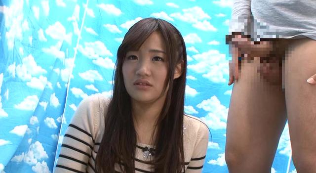 渋谷で見つけた心優しい働くお姉さん 童貞くんのオナニーのお手伝いのつもりがセックス練習ってことで素股していてヌルっと入って筆おろし!?