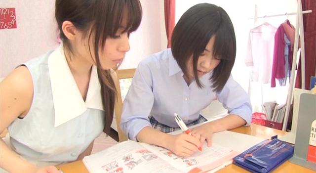 エロ動画、レズビアン家庭教師 〜禁断の授業〜の表紙画像