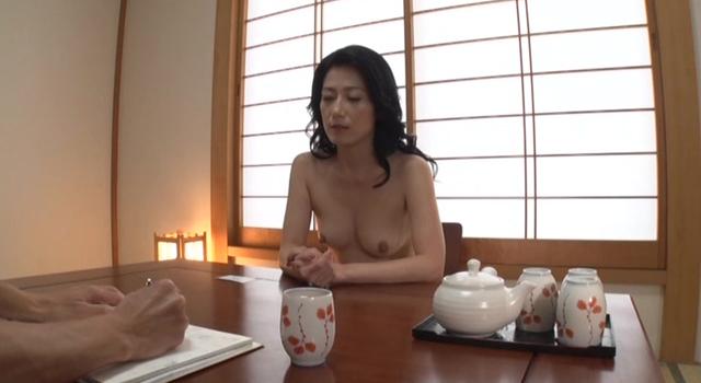 【エロ動画】まるっと!七海ひさ代のエロ画像1枚目