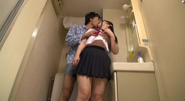 【エロ動画】母親の居ない日、父親と一日中SEXしまくる思春期の娘たち|かわいいは正義である