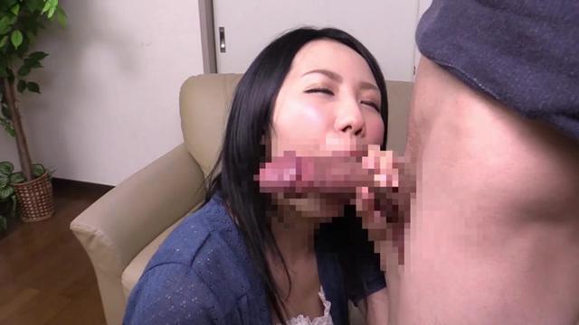 母娘欲情接吻 娘の情事を覗き見してしまった母はカラダの火照りが抑えられず夫以外の男と禁断の不倫接吻セックスに溺れる