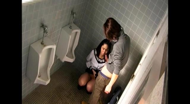 素人投稿 教え子を校内のトイレで妊娠するまで膣内に射精する鬼畜教師の記録映像