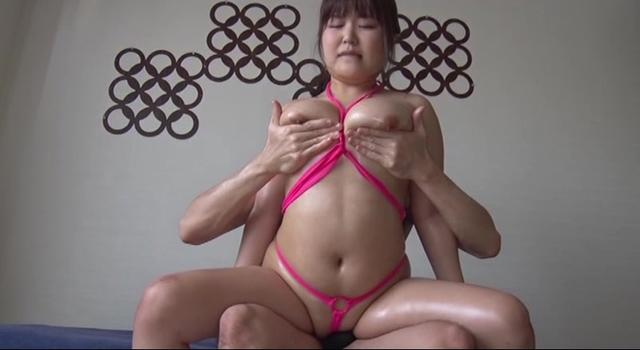 巨乳女子10人連続セックス8時間2枚組