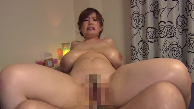 爆乳ムチぽちゃ女子9人連続セックス