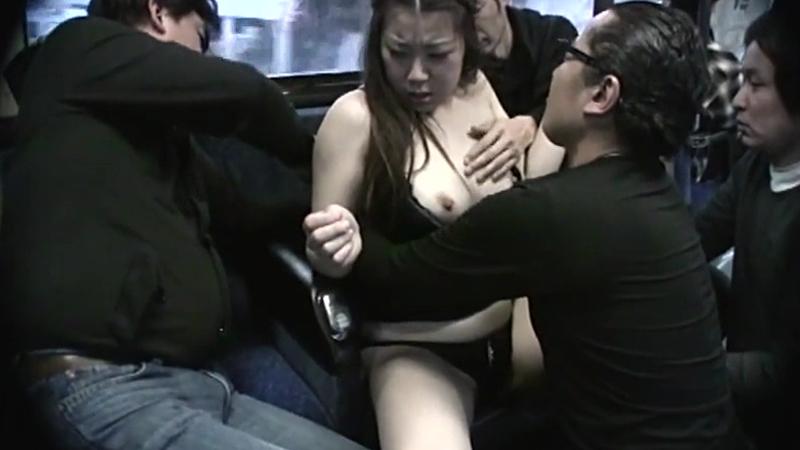 少女痴漢未成熟の体を弄ぶ変態サラリーマン