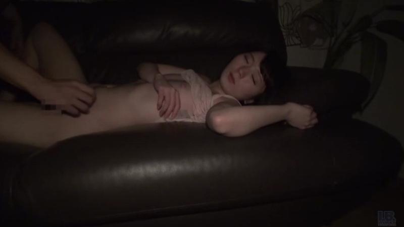 24人の妹に欲情して夜這いする鬼畜兄の投稿映像集